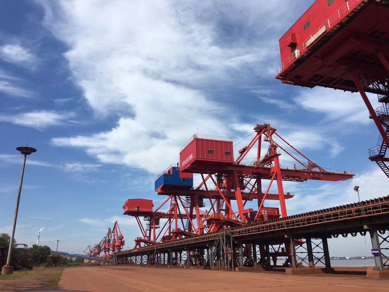 港口码头吊